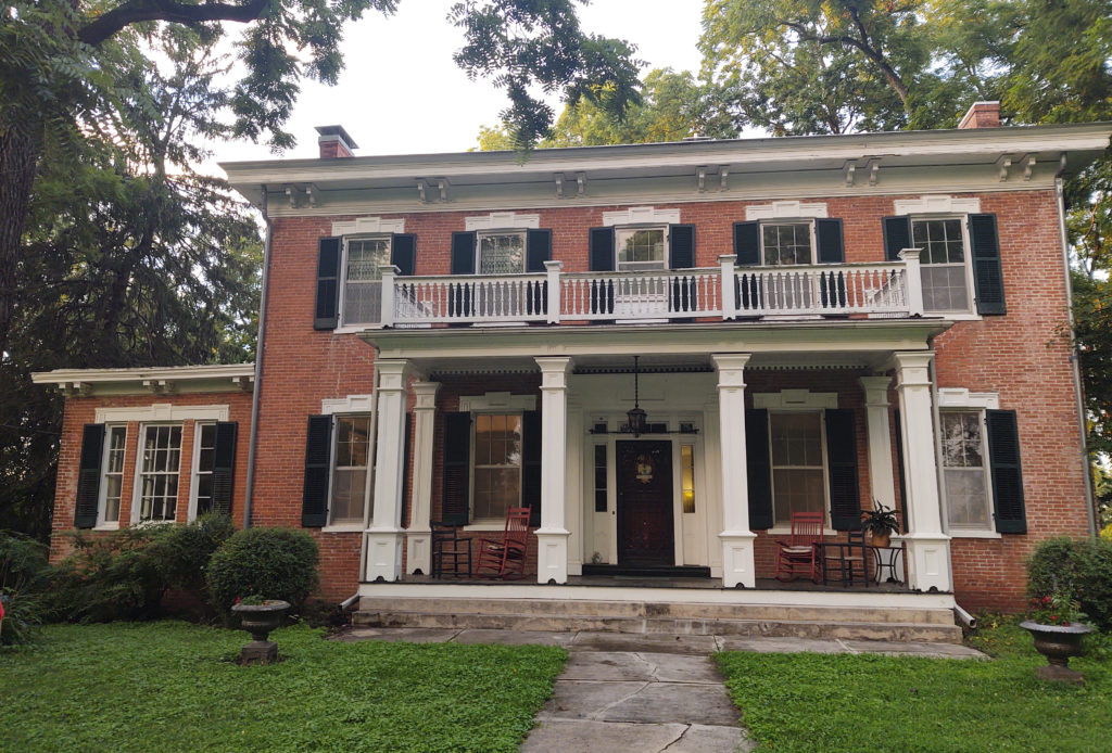The Shackelford House, once named Boscobel, was built by town financier Thomas Shackelford. This is the only of the four homes featured that is not post Civil War.